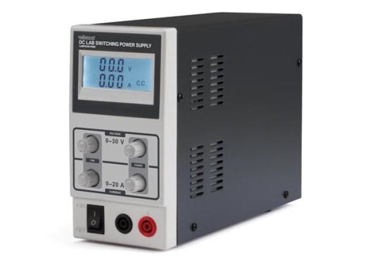 Labvoeding 0-30V 0-10A met LCD (veiligheidsaansluiting)